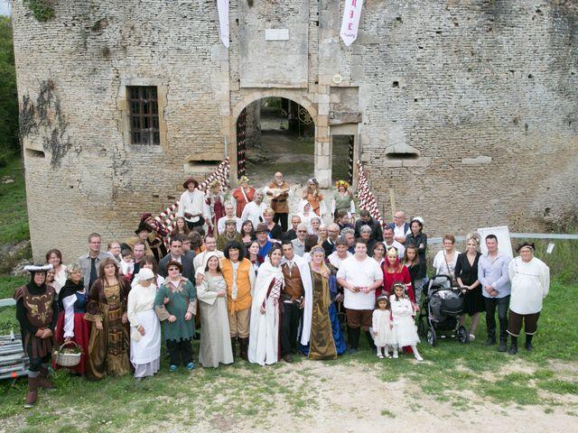 Le mariage de Cyril et Elise à Montbard, Côte d'Or 19