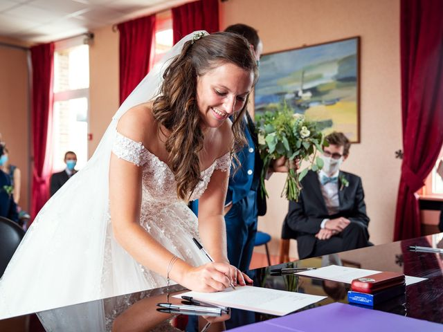 Le mariage de Etienne et Melody à Saint-Ouen-de-Thouberville, Eure 10