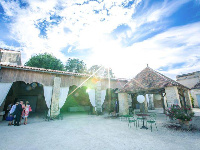 Le mariage de Thibaut et Béatrice à Saint-Laurent-de-la-Prée, Charente Maritime 54