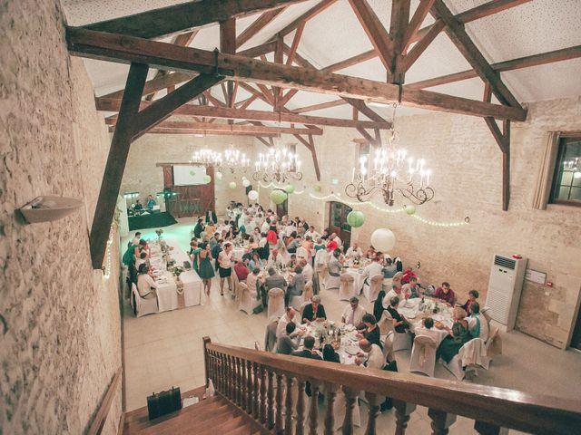 Le mariage de Thibaut et Béatrice à Saint-Laurent-de-la-Prée, Charente Maritime 75