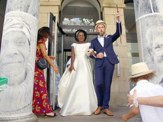 Le mariage de Arthur et Sanata à Lannion, Côtes d'Armor 18