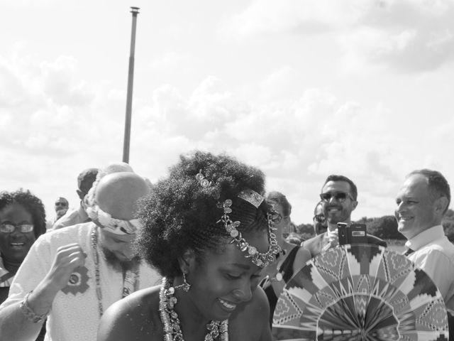 Le mariage de Arthur et Sanata à Lannion, Côtes d'Armor 49