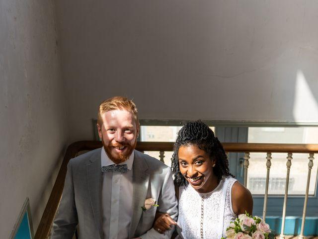 Le mariage de Pierre et Sarah à Bergues, Nord 13