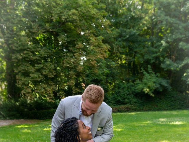 Le mariage de Pierre et Sarah à Bergues, Nord 19