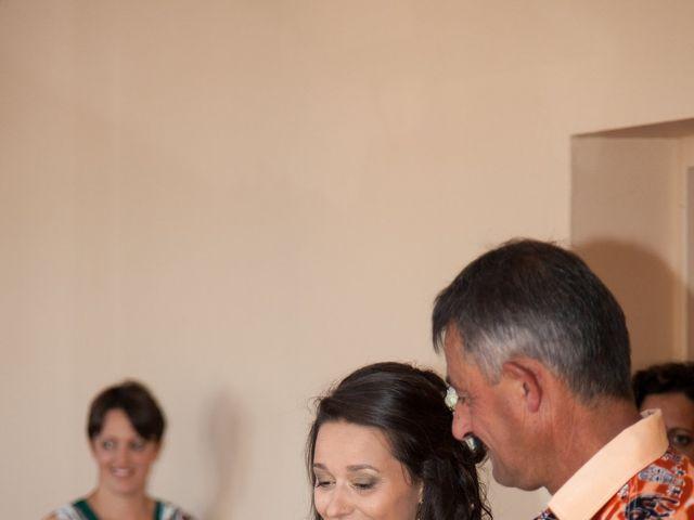 Le mariage de Alex et Elodie à Coise, Rhône 4