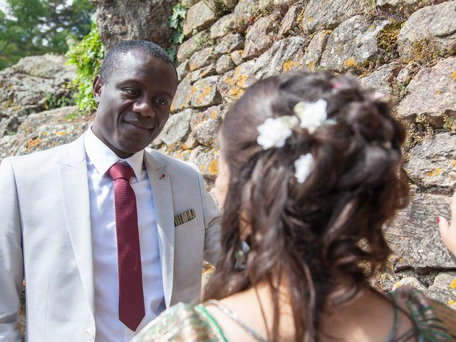 Le mariage de Alex et Elodie à Coise, Rhône 32