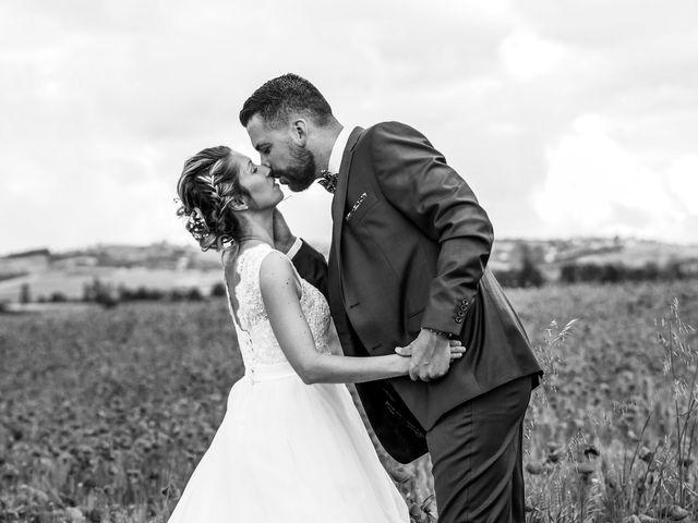 Le mariage de Christophe et Virginie à Chassagny, Rhône 6