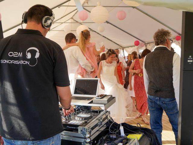 Le mariage de Christophe et Virginie à Chassagny, Rhône 21