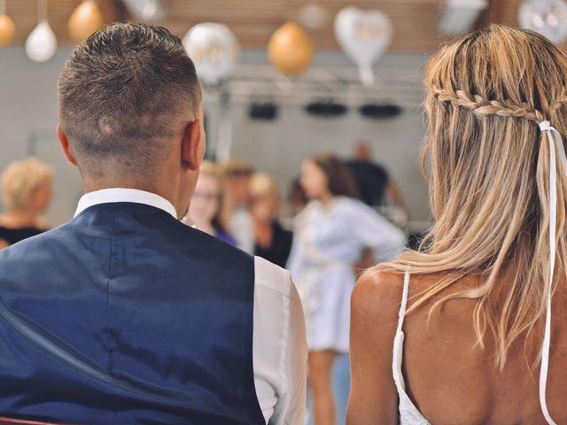 Le mariage de Julien et Laura à Le Collet-de-Dèze, Lozère 28