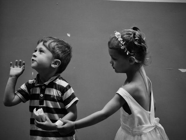 Le mariage de Julien et Laura à Le Collet-de-Dèze, Lozère 38