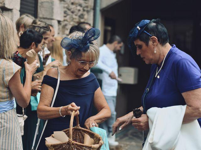 Le mariage de Julien et Laura à Le Collet-de-Dèze, Lozère 56