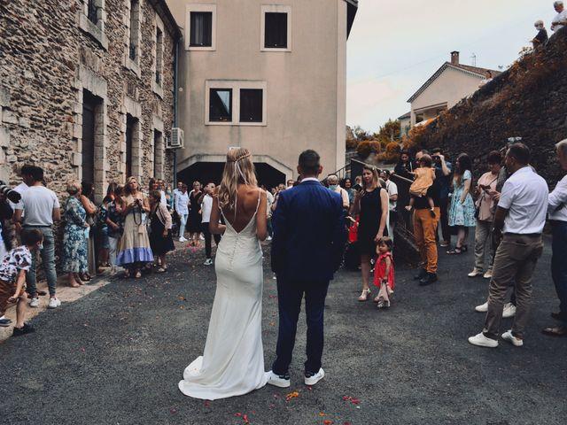 Le mariage de Julien et Laura à Le Collet-de-Dèze, Lozère 74