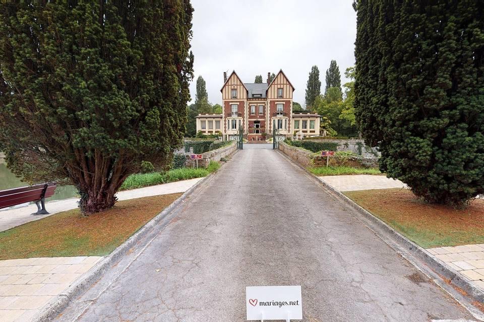 Château de Quesmy 3d tour