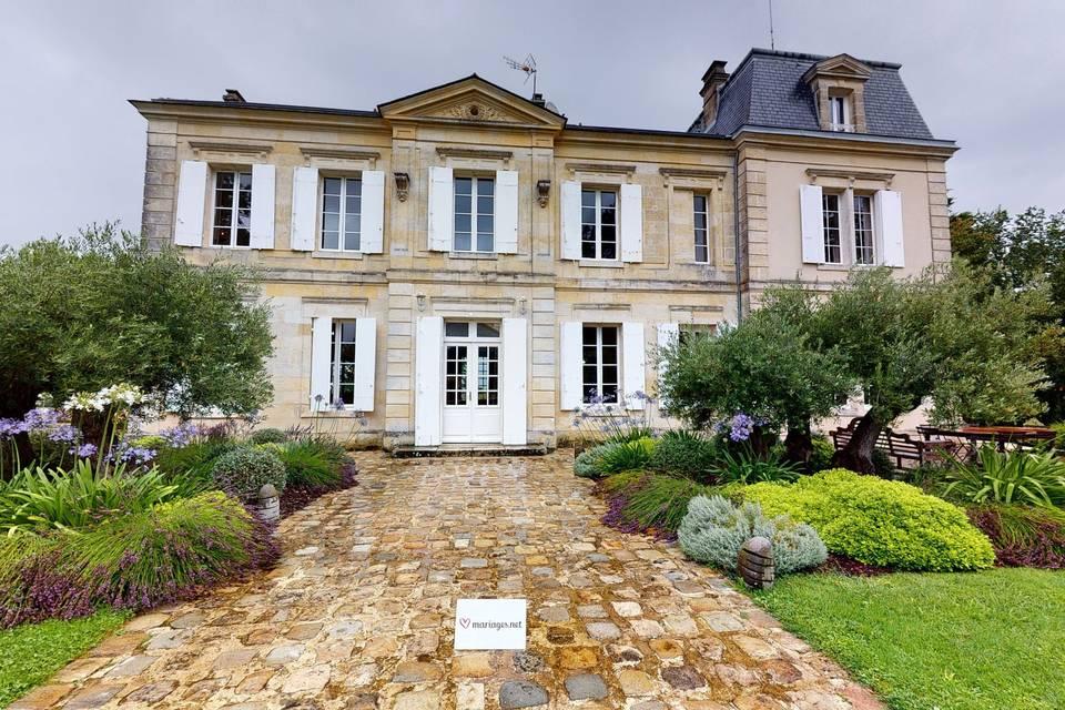 Château de Garde 3d tour