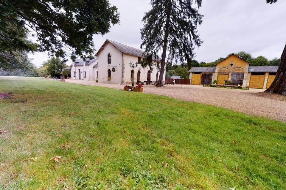Domaine de la Fougeraie 3d tour