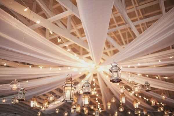 drap suspendu plafond