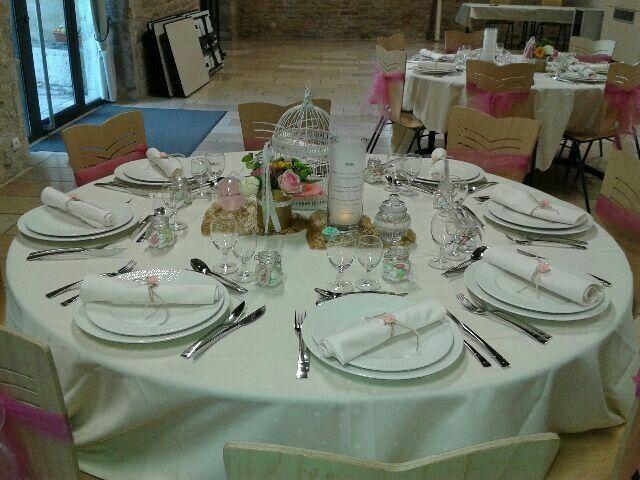 Table / couverts/ assiettes - 2