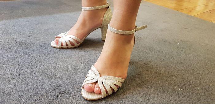Chaussures argentées 6
