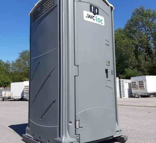 toilette extérieur
