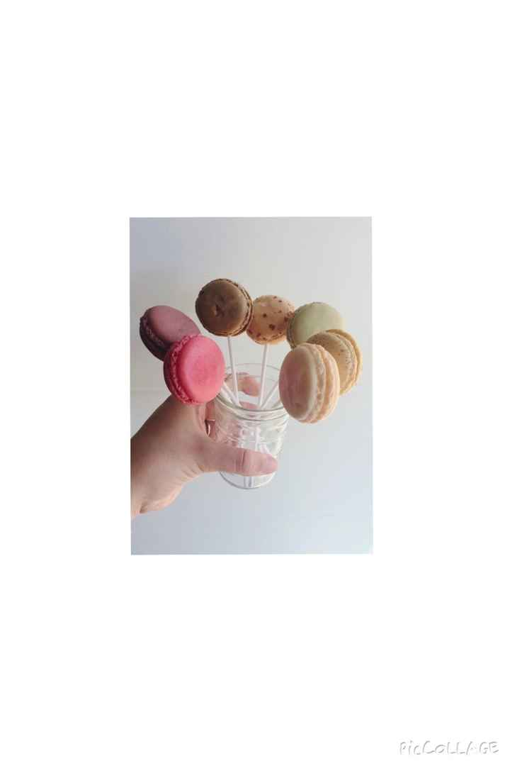Macaron candy bar