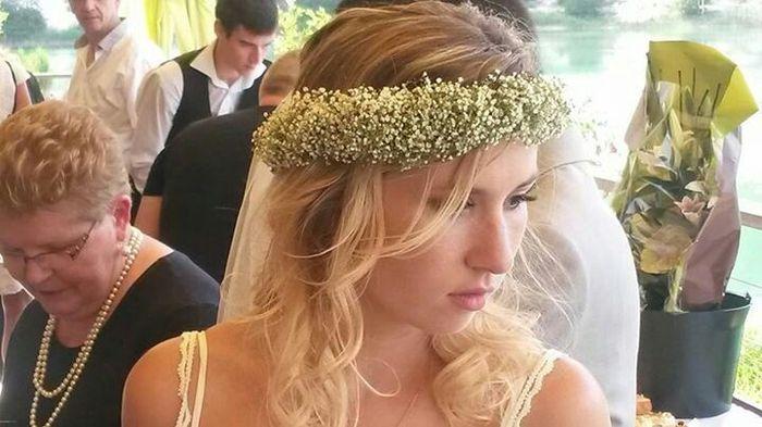 Fleurs dans les cheveux? - 1