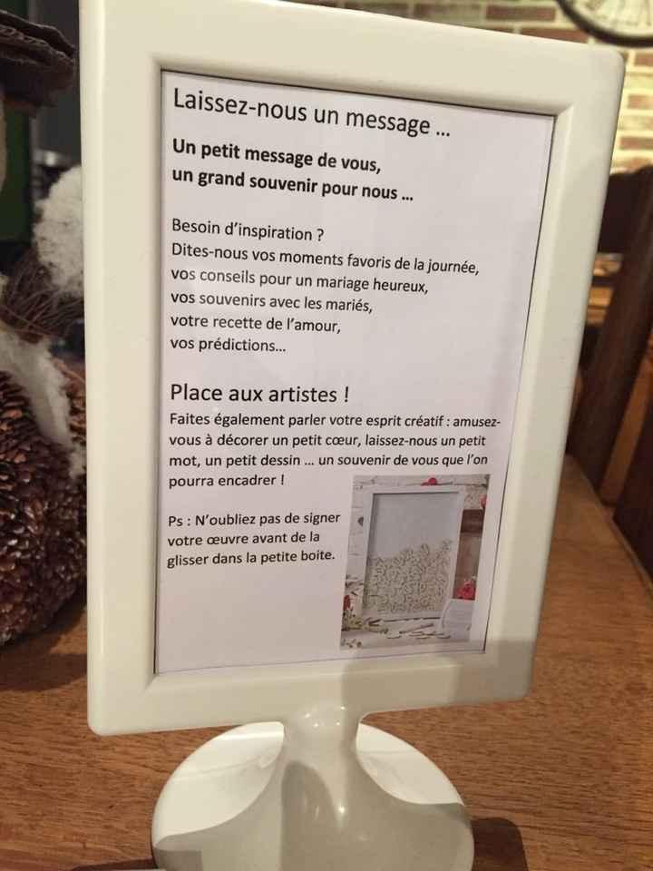 Essai table livre or + urne - 2