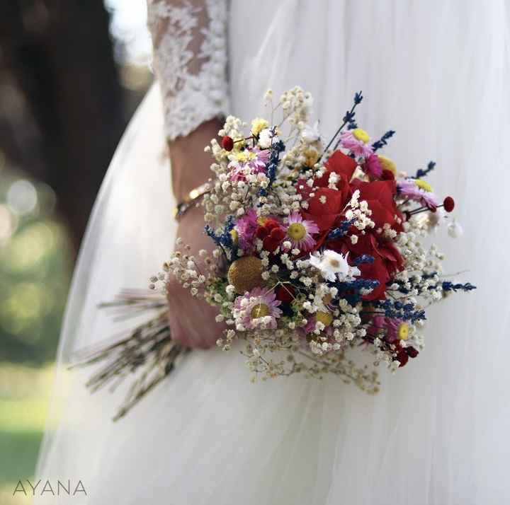 Bouquet  blanc ou bouquet coloré ? - 1