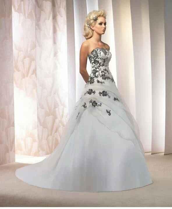 A la recherche du modèle de cette robe - 1