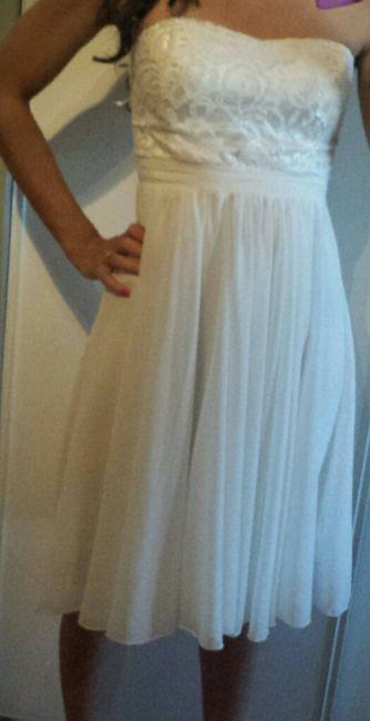 J'ai enfin trouvé ma robe pour le brunch du lendemain! - 1