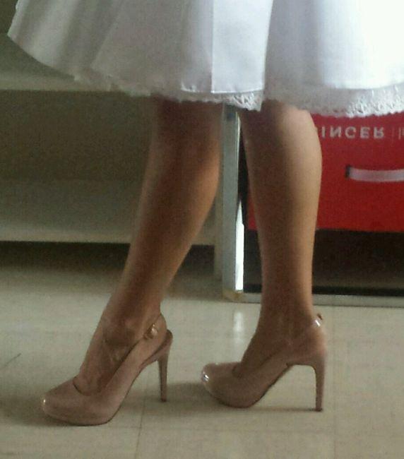 Quelle paire de chaussures? - 4