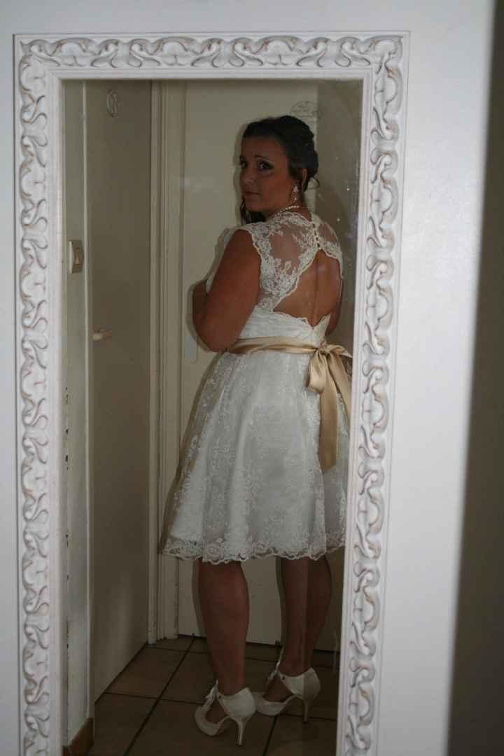 le dos nu de ma robe de mairie