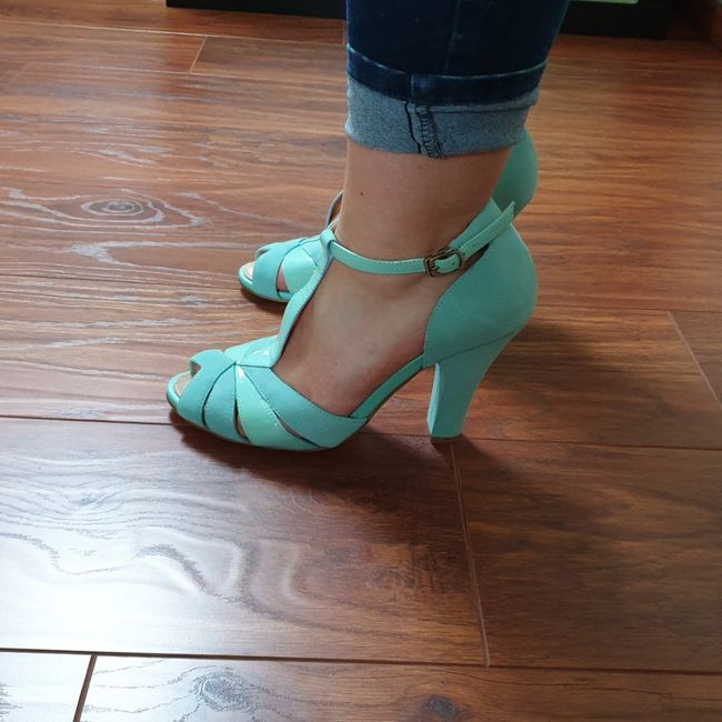 Deuxième paire de chaussures 👠👠 1