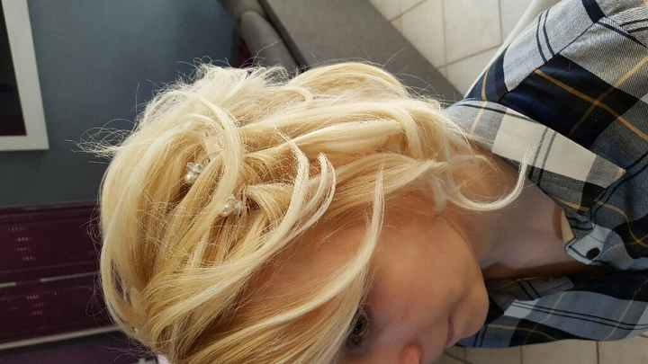 Second essai coiffure : je n'aime toujours pas. - 2