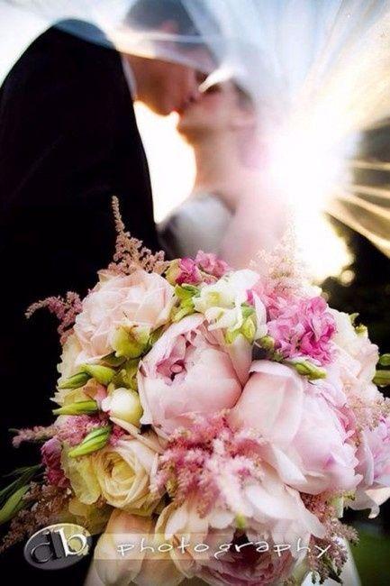 quelles seront les fleurs de votre mariage et celles de votre bouquet d coration forum. Black Bedroom Furniture Sets. Home Design Ideas