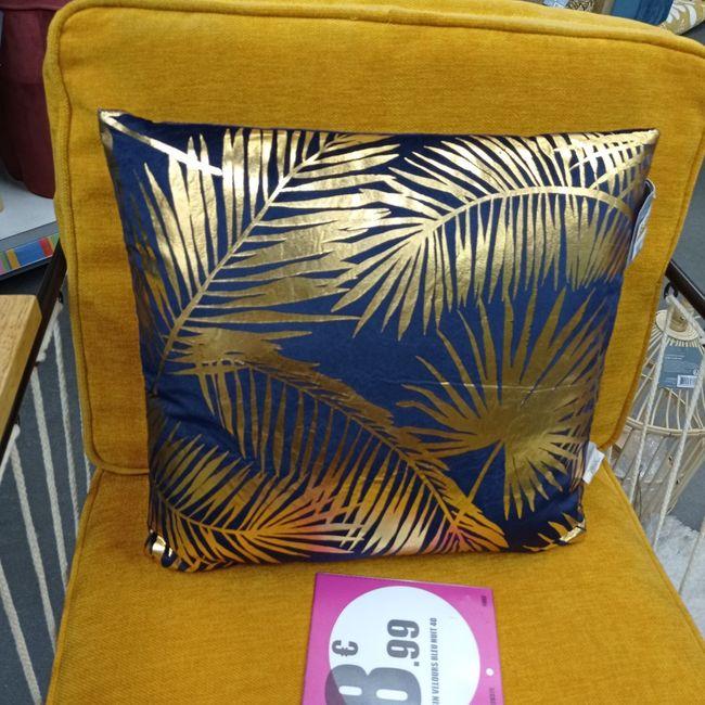 Première inspiration pour un mariage gold and palm tree 17