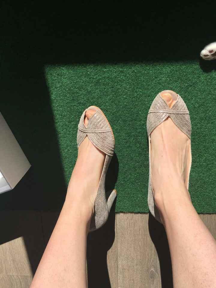 Mes chaussures ❤️ Et problème de voile - 1