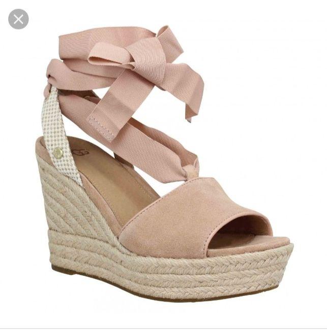 La robe ok mais les chaussures ??? 🤔 6
