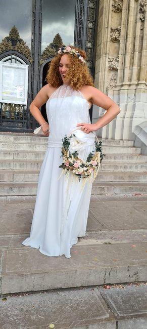 Idées de pose de photo de la mariée seule 9