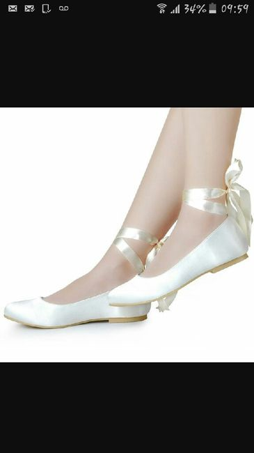 Chaussures plates - 1