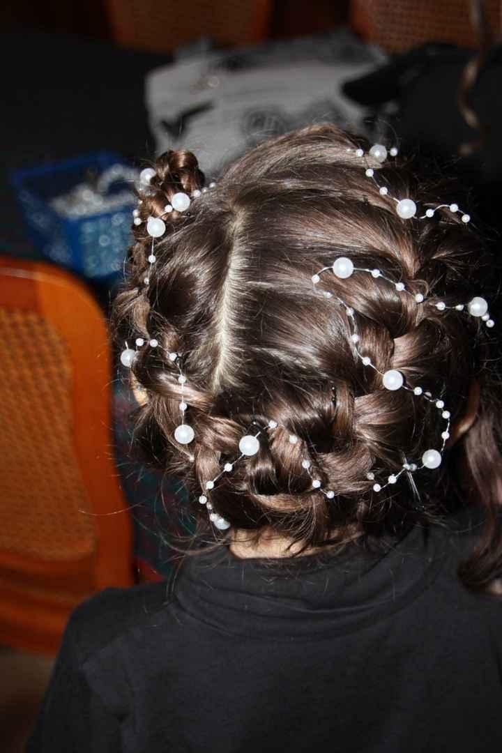 coiffure petite fille d'honneur