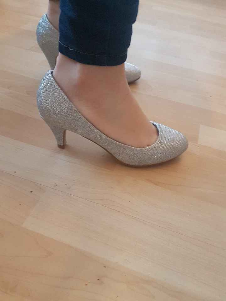 Chaussure trouvee - 1