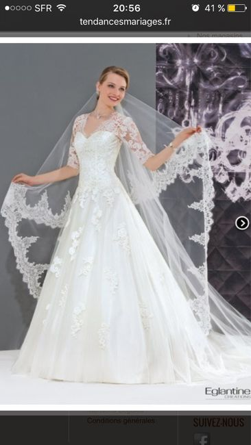 Bijoux en accord avec la robe - 1