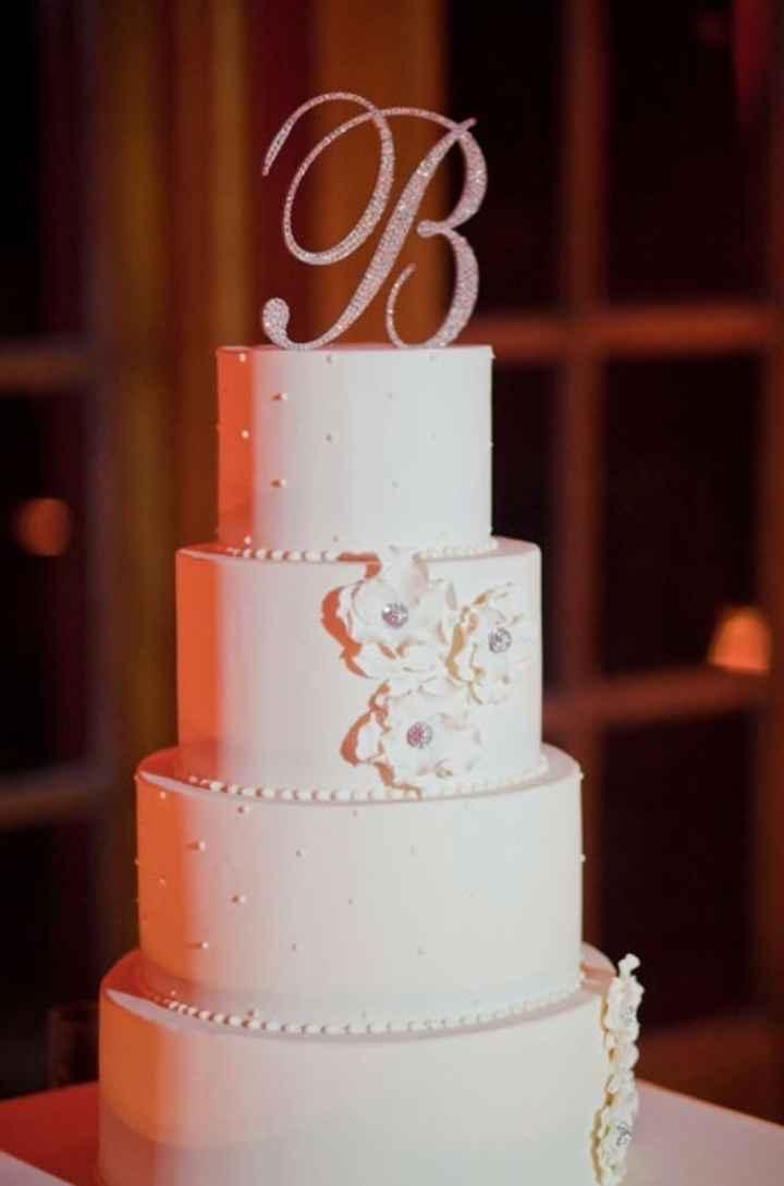 Initiales wedding cake