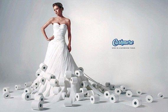 Robe en papier WC