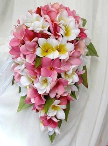 Inspiration bouquets fleurs de frangipanier mode for Bouquet de fleurs 974