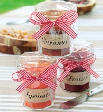 confiture de fraise maison pour offrir aux invit s organisation du mariage forum. Black Bedroom Furniture Sets. Home Design Ideas