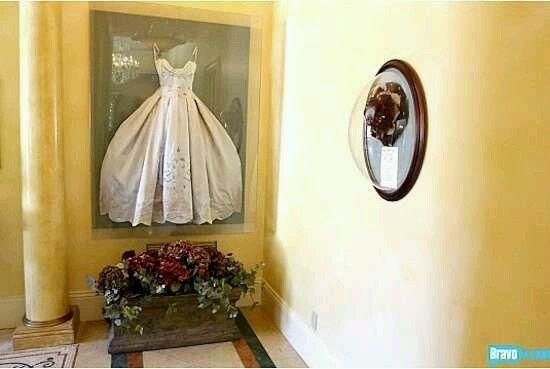 Cadre robe de mari e page 2 apr s le mariage forum for Dallas de conservation de robe de mariage