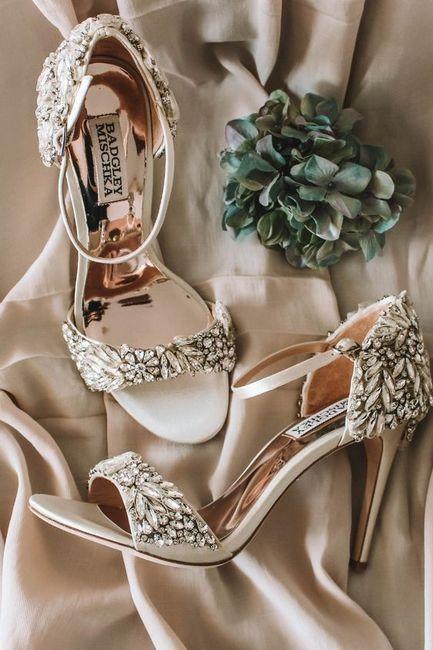 La paire de chaussures: ça passe ou ça casse ? 1