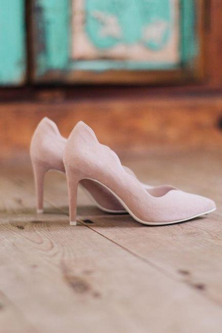 Chaussures à talons VS Chaussures plates 1