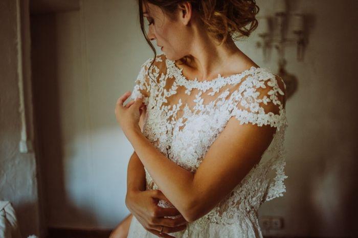 On t'a aidé à choisir ton look de mariée ? 1